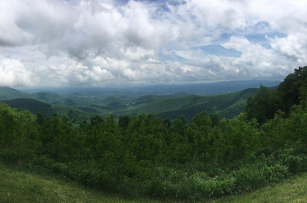 Blue Ridge Mountains parkway overlook