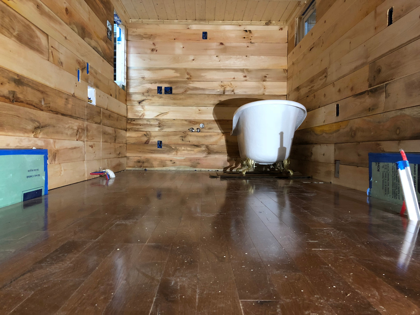 Flooring Finished + Clawfoot Tub in Place
