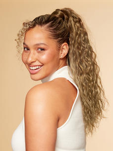 Luxy-Hair-Extensions-Curly-Ponytail-Natu