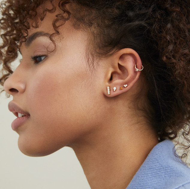 3_StudCartilage_Earring_YG_Rich_STACK4_3