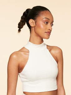 Luxy-Hair-Extensions-Curly-Ponytail-Off-