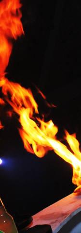 show de fuego en el bar