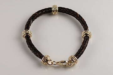 Twisted Tails Horsehair Jewelry Bracelet B13 Dots