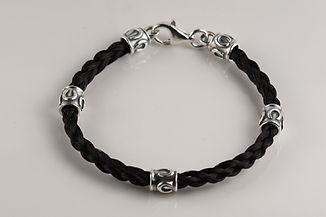 Twisted Tails Horsehair Jewelry Bracelet B3 Round Horseshoe