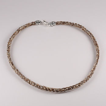 Twisted Tails Horsehair Necklace N2