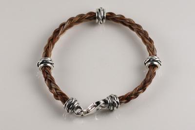 B3 Twist bracelet