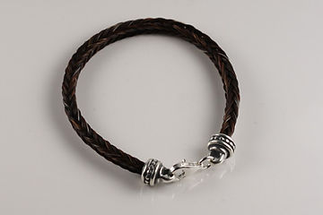 Twisted Tails Horsehair Jewelry Bracelet B2 Dots