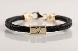 B16 bracelet