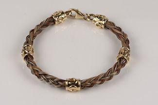 Twisted Tails Horsehair Jewelry Bracelet B13 Round Horseshoe