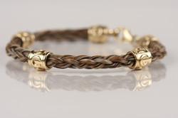 B13 round horseshoe bracelet