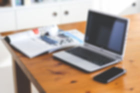 acer-computer-desk-6351_edited.jpg