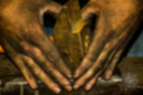 Ro-hands-008.jpg