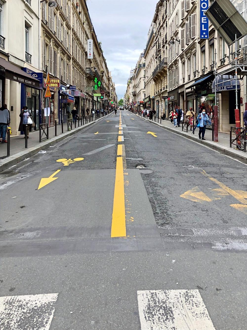 """La nouvelle """"coronapiste"""" rue d'Amsterdam"""