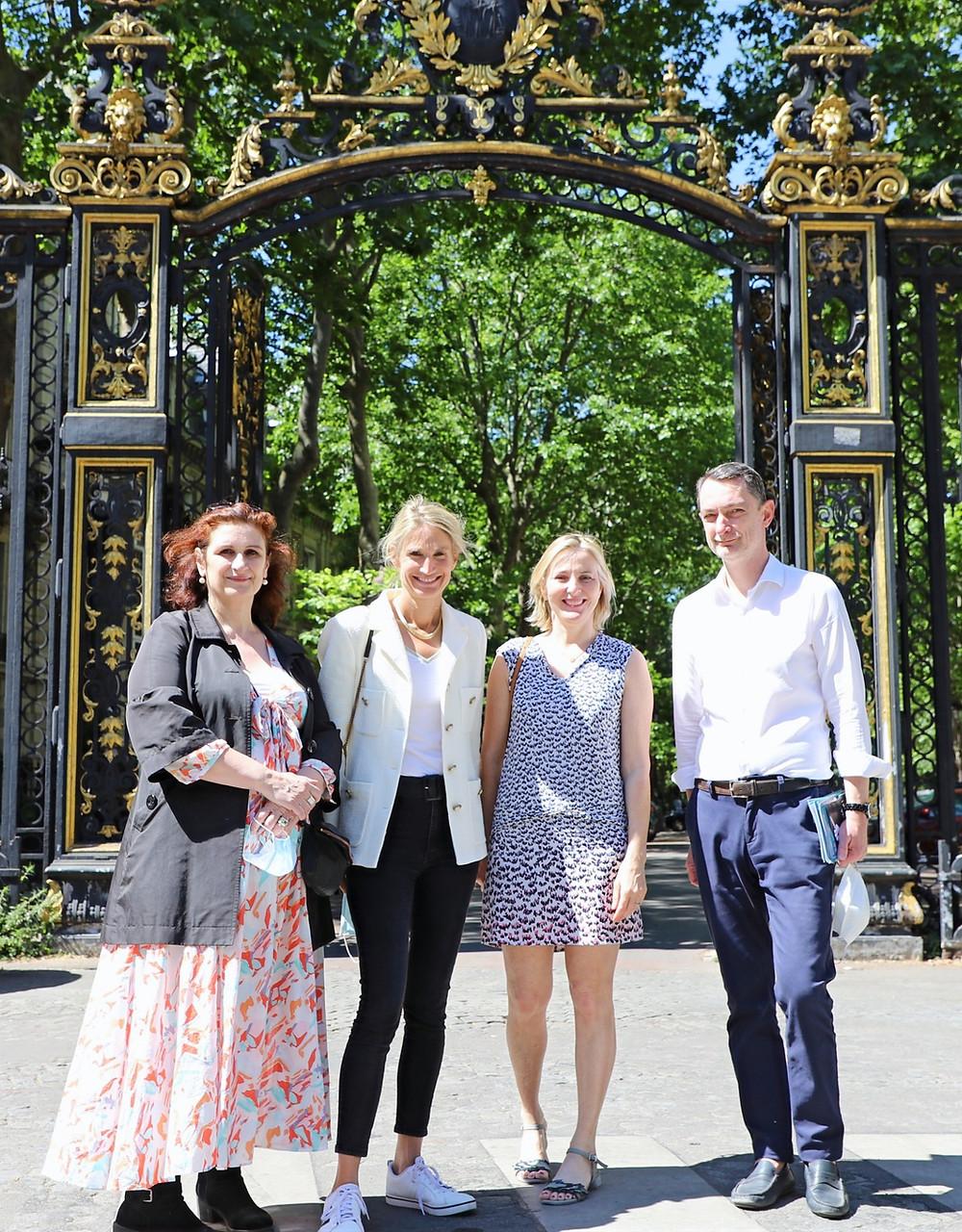 De gauche à droite : Hélène, Stéphanie et Ronan