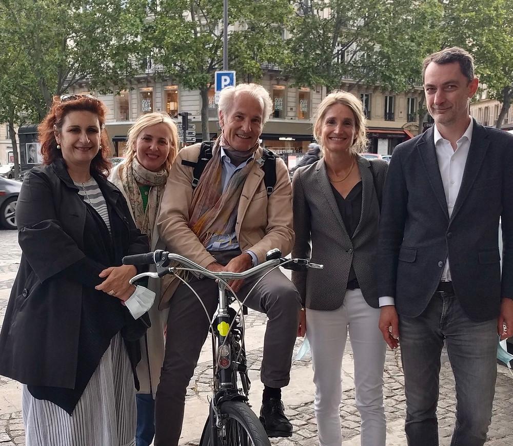 De gauche à droite : Hélène, Stéphanie, Philippe, moi et Ronan