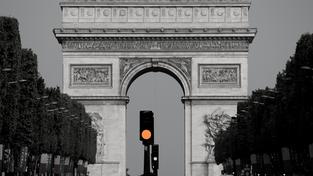 """Pour un réaménagement plus """"inclusif"""" des Champs-Elysées qui bénéficie aussi au quartier"""