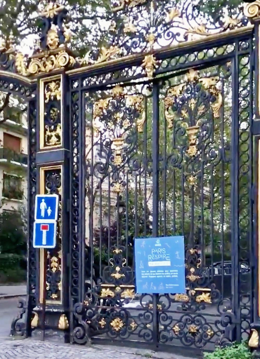 L'avenue Van Dyck vue depuis le parc Monceau