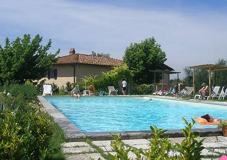 Fattoria di Poggiopiano-piscina Luglio 2