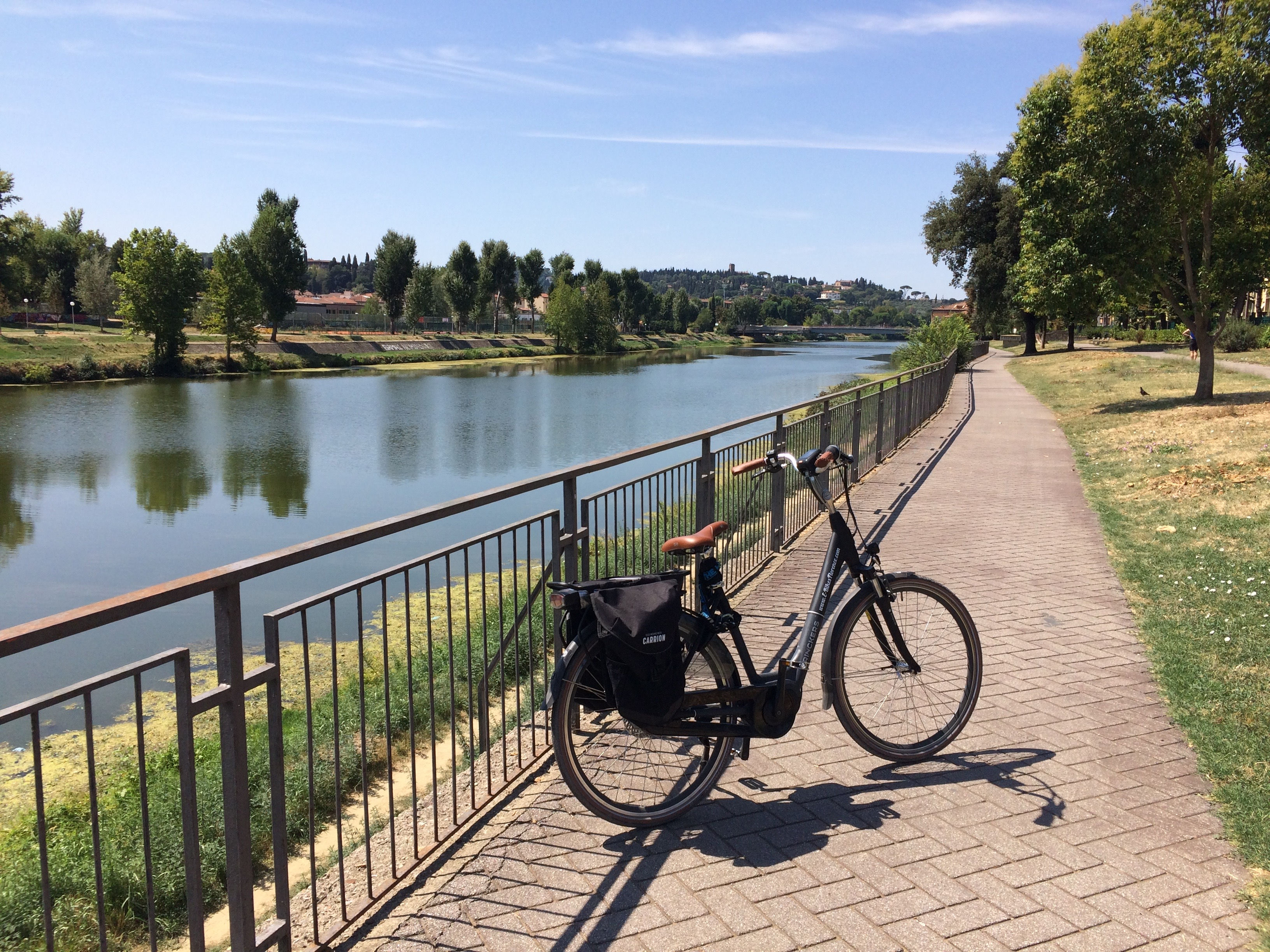 River Arno bike path