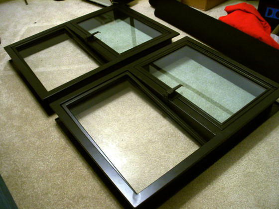 How a port window frame affects theater projection.