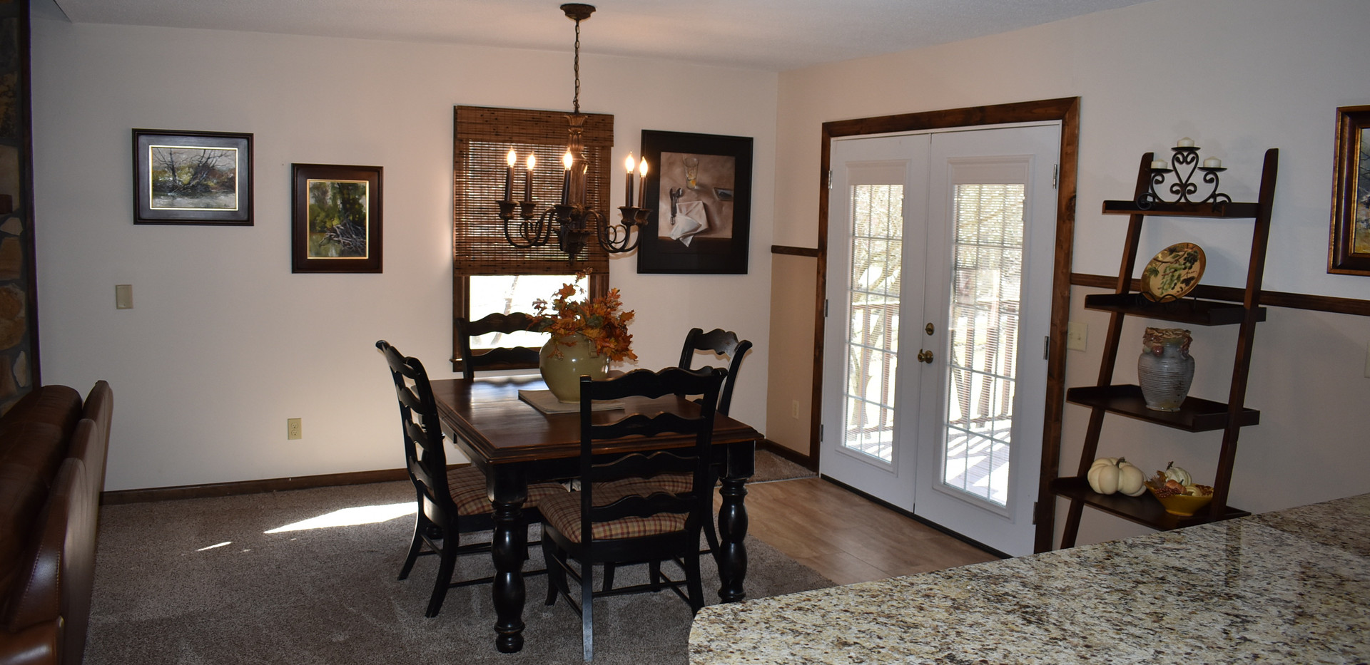 3BR - Lodge - Dining Room