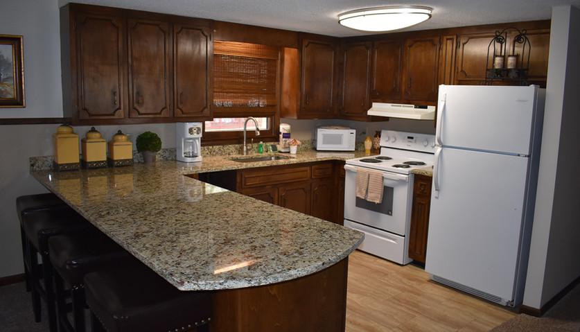 3 BR - Lodge - Kitchen