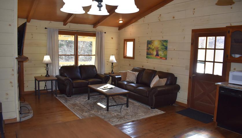 Fife - 2 BR - Dining & Living Room