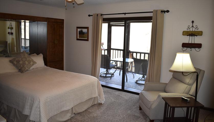 3 BR - Lodge - Bedroom 1
