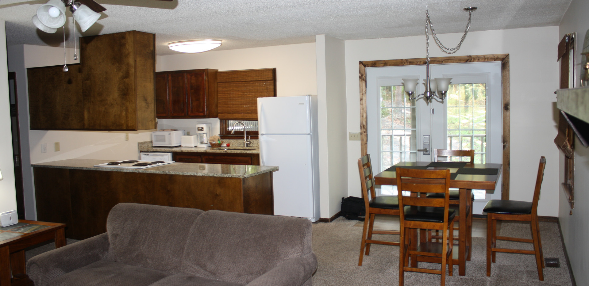 1C Kitchen & Dining Room