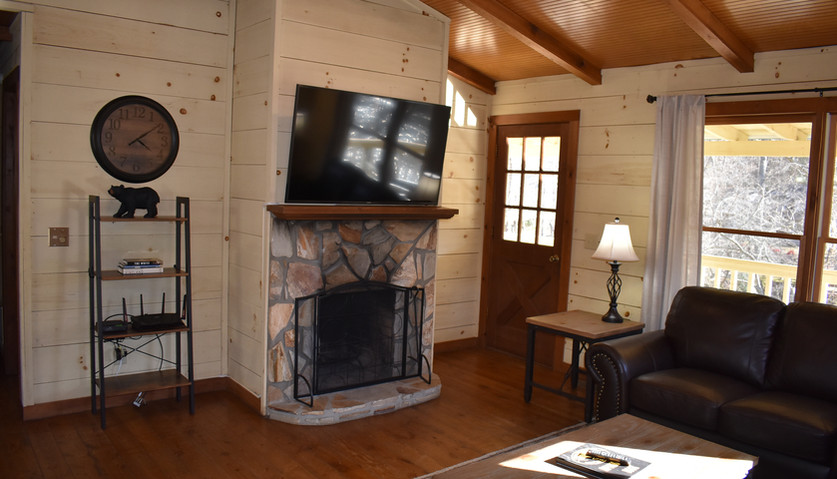 Fife - 2 BR - Living room