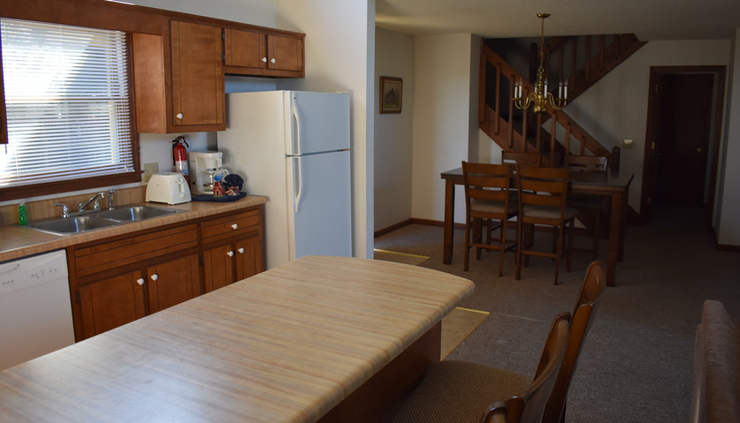 Water Tower - 3 BR - Kitchen & Dining Room