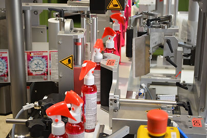 Double-sided labelling of cylindrical bottles - fully automatic
