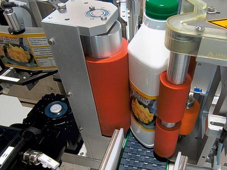 Vier-Seiten-Etikettierer für quadratische Flaschen