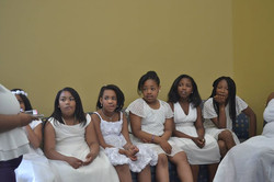 They were looking at Yolanda Chea'Von like _WHAT_!! lmbo Look at TeTe facial expression! lol Love th