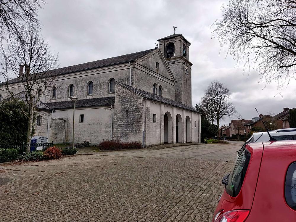 הכנסיה הלבנה