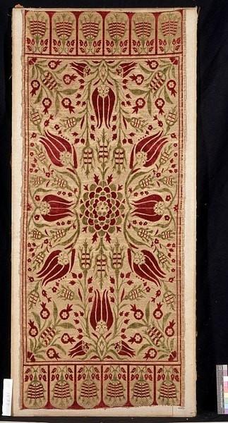 שטיח עותומאני. תחילת המאה ה 18. מכאן