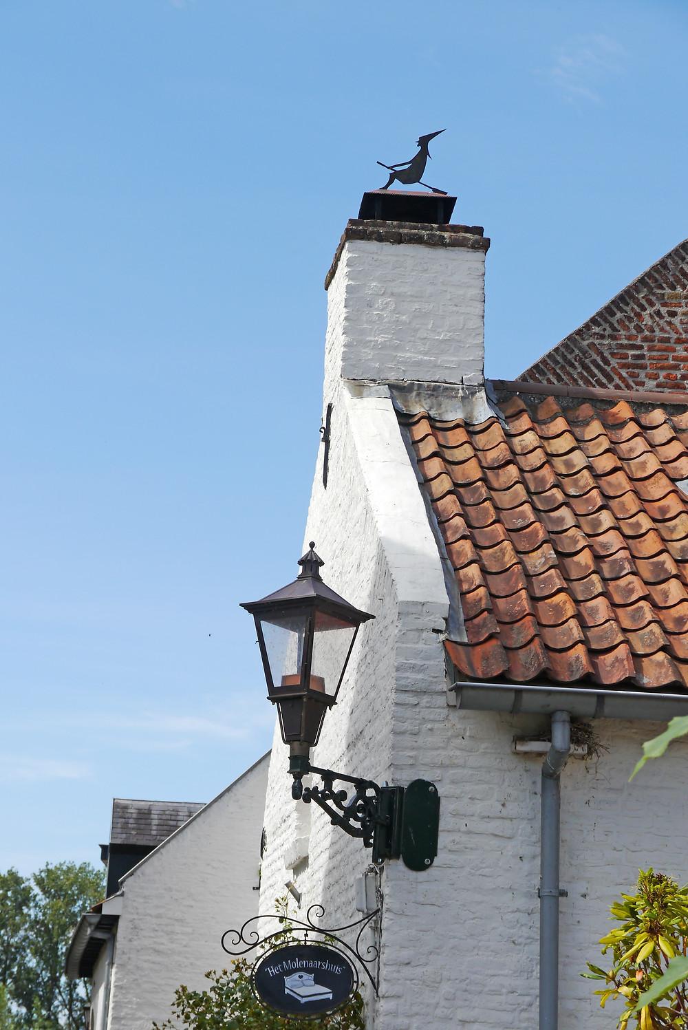 המכשפה הזכירה לי כפר אחר בהולנד ובו מוזיאון המכשפות. פוסט על גבינות ומכשפות