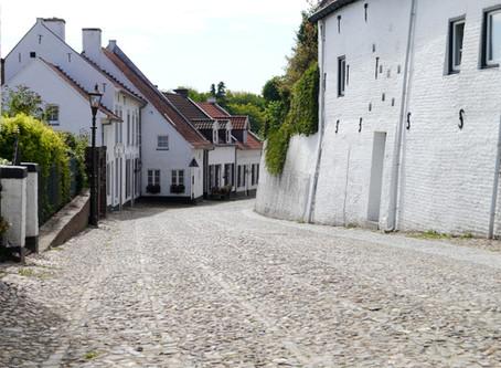 הכפר הלבן - פמיניזם במאה ה- 10