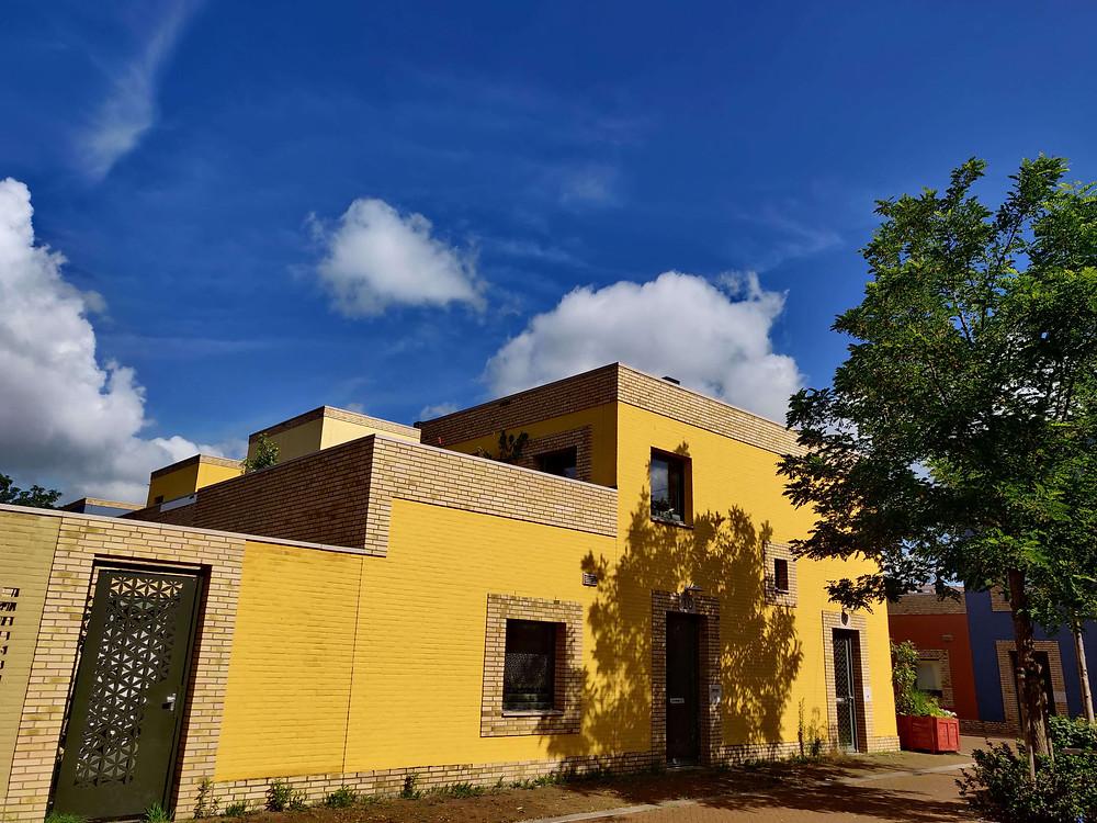 בתים צהובים בשכונת וונסל איינדהובן