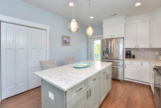 502 kitchen island view.jpg