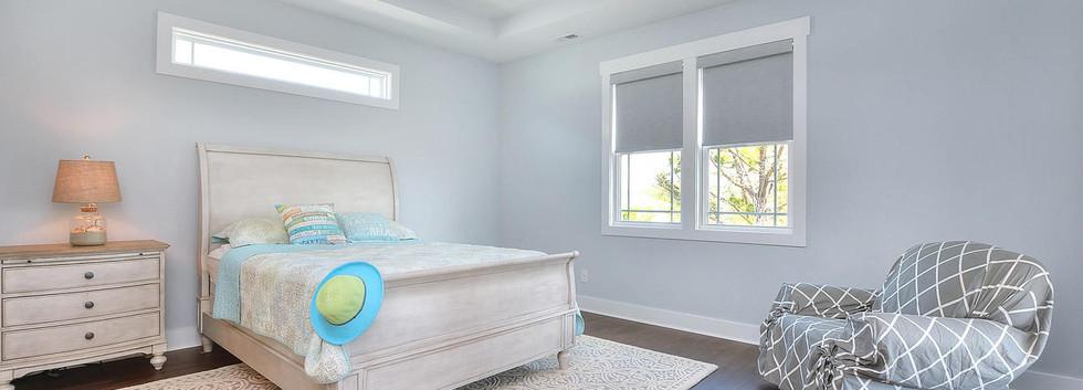 502 bedroom.jpg