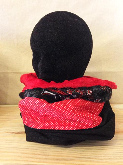 Col Capuche Rouge & Noir