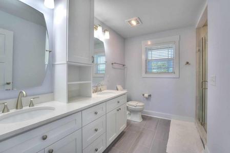 coming bathroom 2.jpg