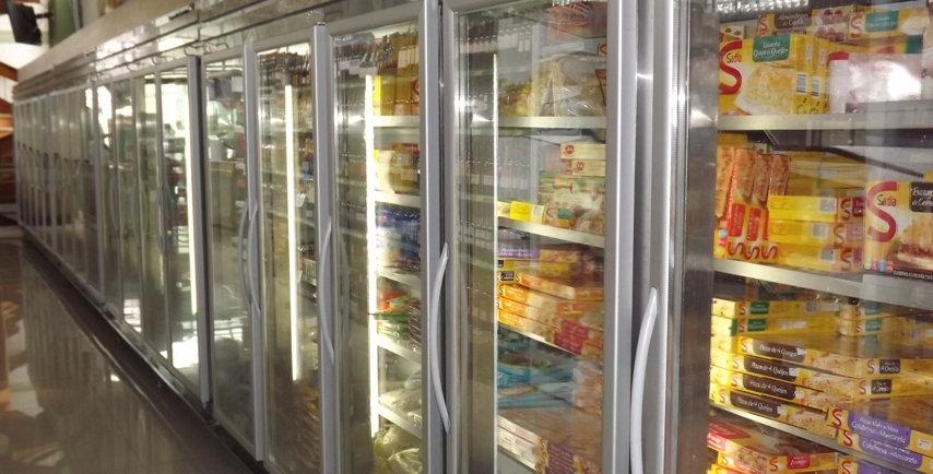 Auto serviço refrigerado / ou congelamento