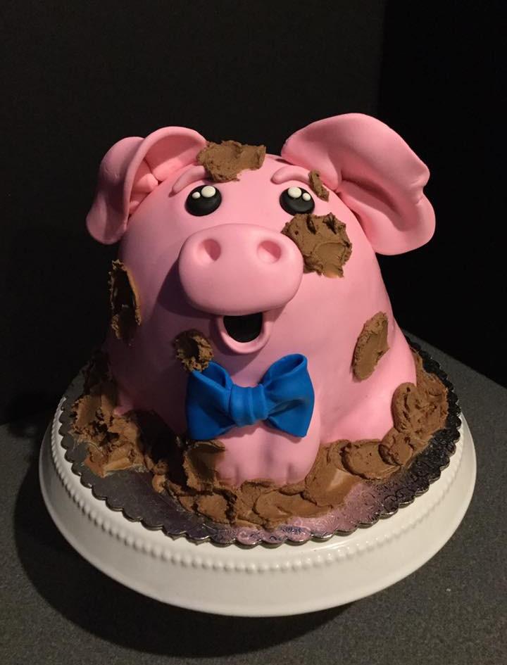 Customcakes2.jpg