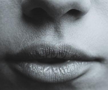 lips-839236_640.jpg