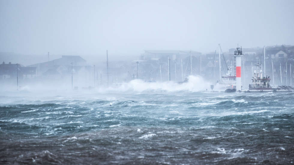 Kirkwall Pier Storm Caroline.jpg