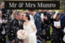 Mr & Mrs Munro_-96_edited.jpg
