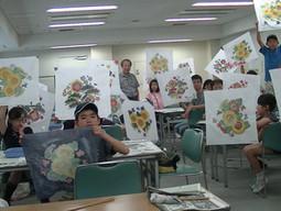 7月30日 教育委員会生涯学習 夏季親子友禅体験40名