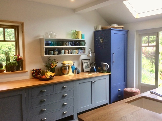 A lovely photo from a client very happy with their kitchen extension.  Another new forest national park project.
